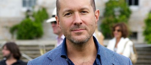 Jonathan Ive, Steve Jobs lesson: Don't listen to your customers
