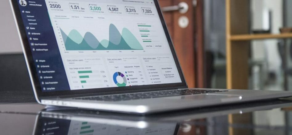 Big Data LDN: Build a data strategy focused on business value